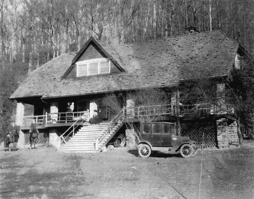 The Lodge, Burnett North Fork 1925