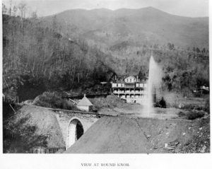 andrews-geyser_nc-collection_pack-library_round-knob-hotel_1895_11